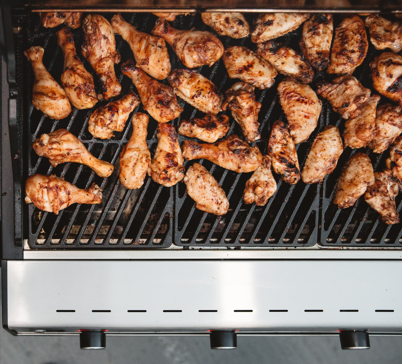 κοπανάκια κοτόπουλου στην ψησταριά